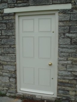 A custom timber door by Timber Glaze